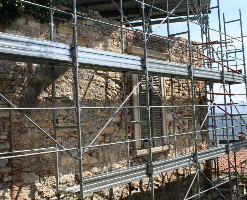 Formations travaux en hauteur et chafaudages marseille - Formation travail en hauteur port du harnais ...